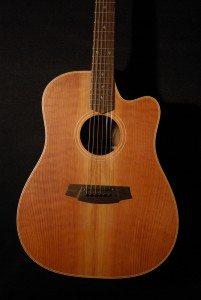 Cole Clark FL2-RDBW Redwood Quilt top